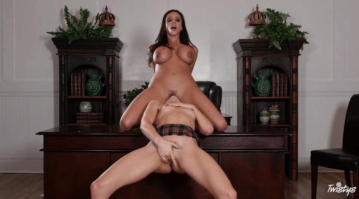MomKnowsBest – Ariella Ferrera , Riley Reid  – Head Mistress