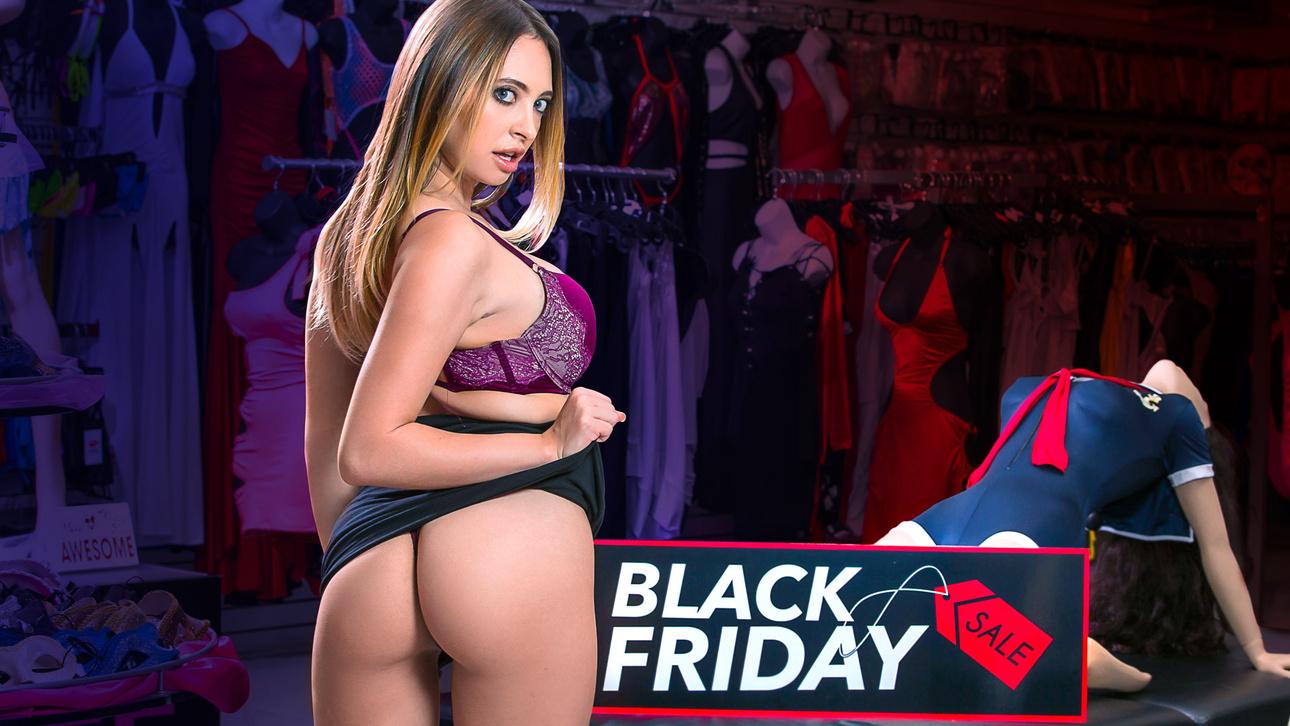 DigitalPlayground – Black Friday Lay – Quinn Wilde